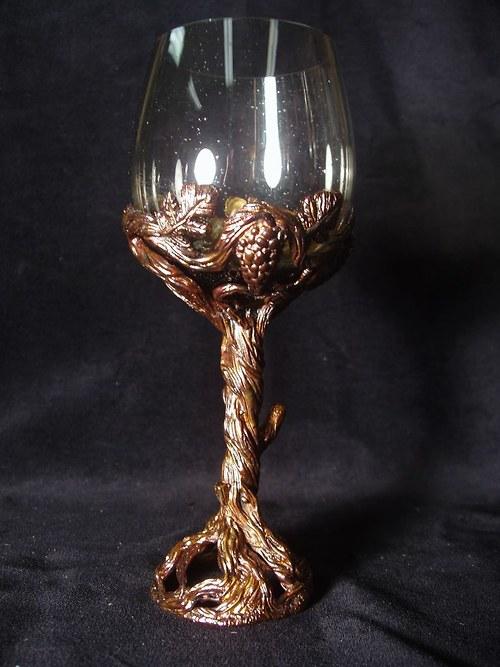 sklenice na víno - vinná réva