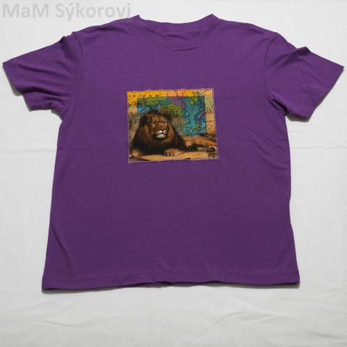Tričko s originální aplikací odpočívající lev 140