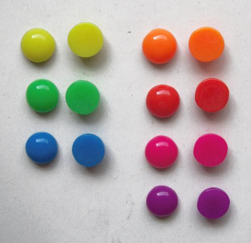 Akryl. čočka PASTEL vypouklá/ žlutá/ 12mm/ 10ks