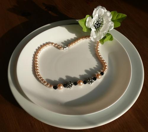 náhrdelník  kytičkový