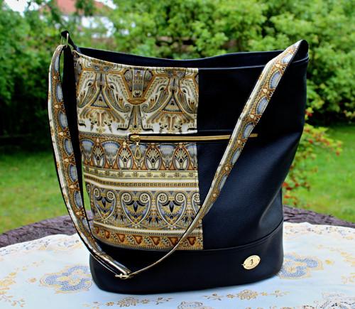 Nefertiti - prostorná taška