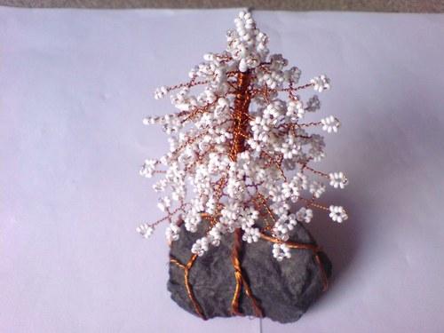 Stromeček z korálků