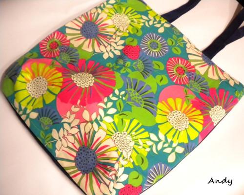 taška,kabela - pestrobarevné květy