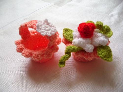 Košíček+košíček s růžičkami-meruňkový