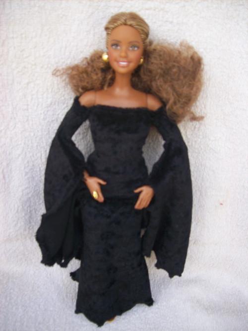 Pro Curvy Barbie