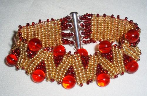 Zlatá a červená