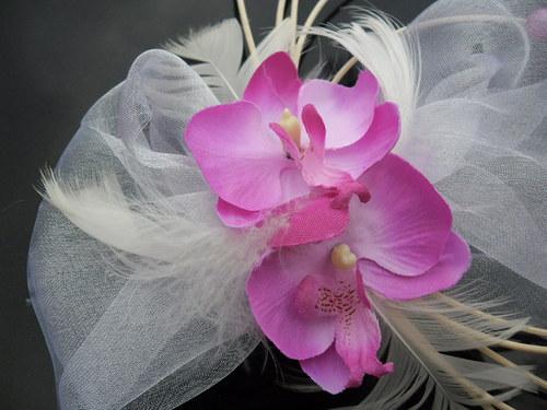 Dekorace na auto - orchideje