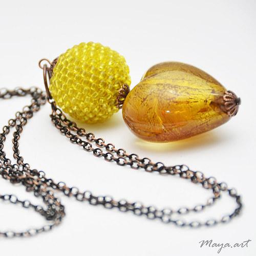 Žlutý dlouhý náhrdelník s kuličkou