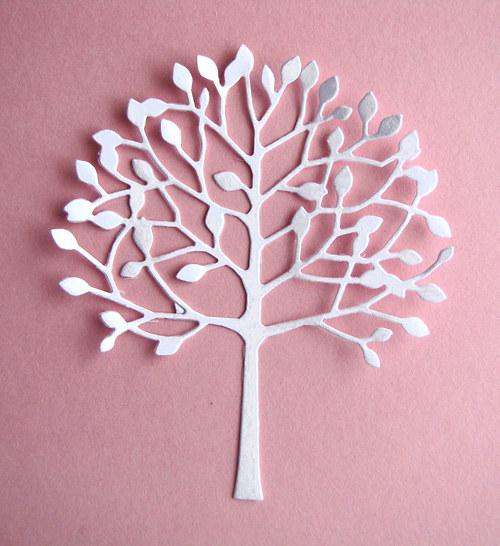 Listnatý strom č.1  bílý