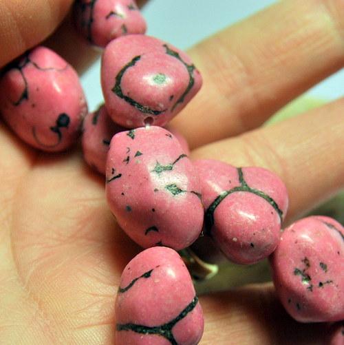 TRK248 Magnezit Pink1 - nugety 14-20 mm