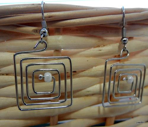 Čtvercové spirálky s perličkou
