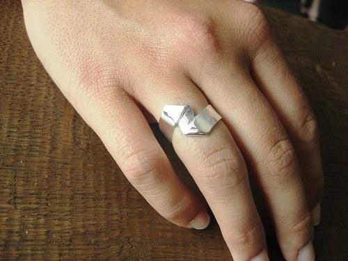 Z:21.century - prsten stříbrný atypický.