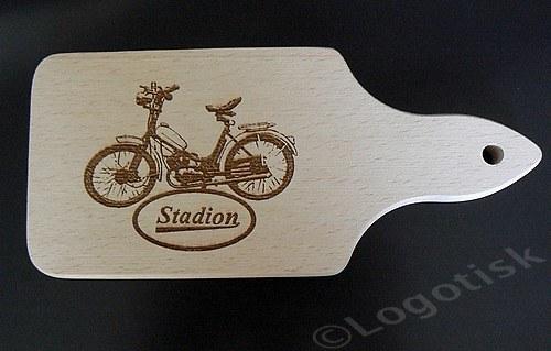 Dřevěné prkénko pro fandy Stadion S11