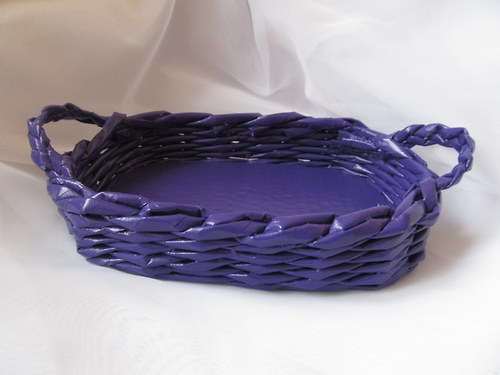 Oválný košík s uchy fialový