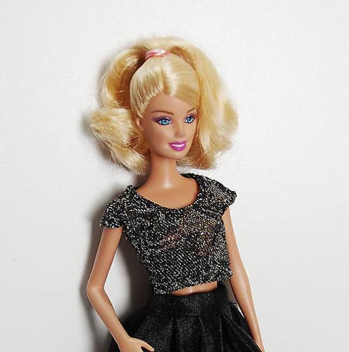 Spoločenské lesklé tričko pre Barbie