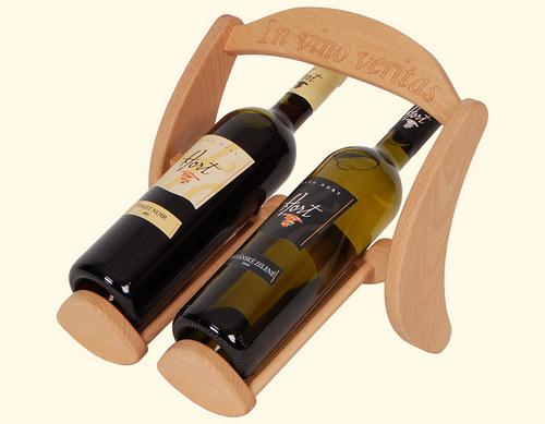 Dřevěný stojan na 2 lahve vína
