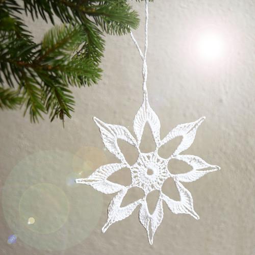 Vánoční hvězdička 5 - bílá
