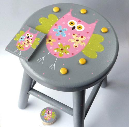 dřevěná stolička - šedá se sovou