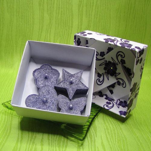 Dárková krabička - svíčky palmové fialové