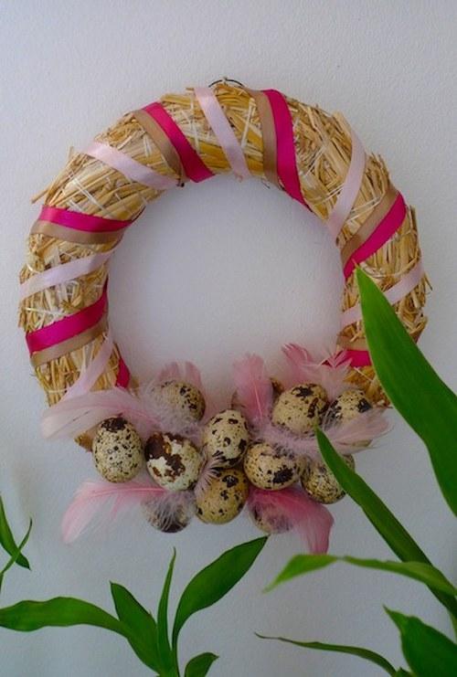 Velikonoční věneček s křepelčími vajíčky