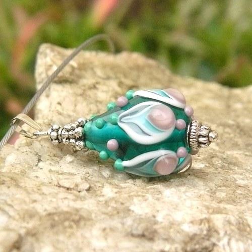 Zelená slza - vinutá perle