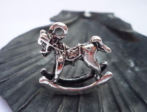 houpací koník  2  ks