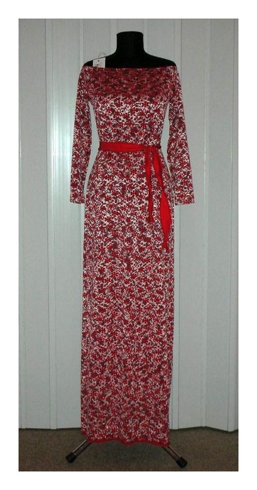Krajkové šaty s dlouhým rukávem