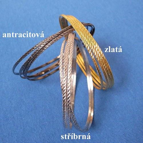 Náramky kovové - 4 kusy v jedné barvě
