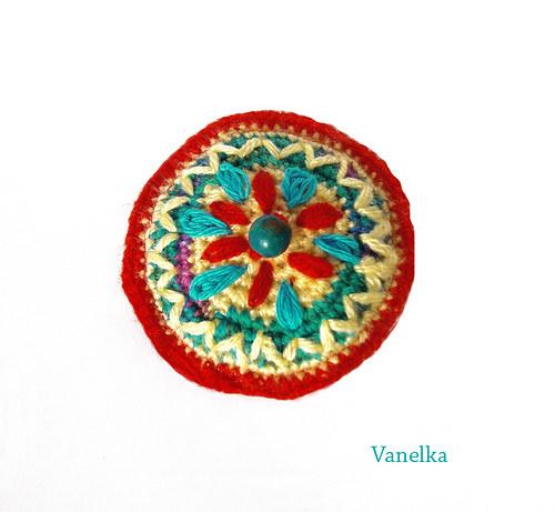 Crochet  brooch - zvesela
