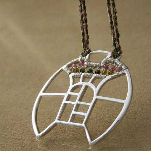 Rozeta s turmalínem - náhrdelník - Ag 925