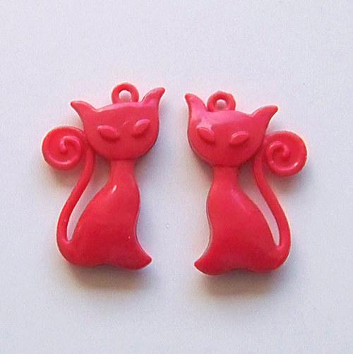 přívěsek kočka akryl/ červená/ 41x25mm/ 2ks