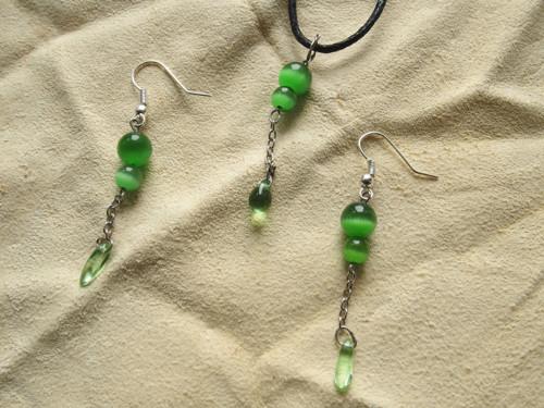 Korálky 22 - náušnice + náhrdelník