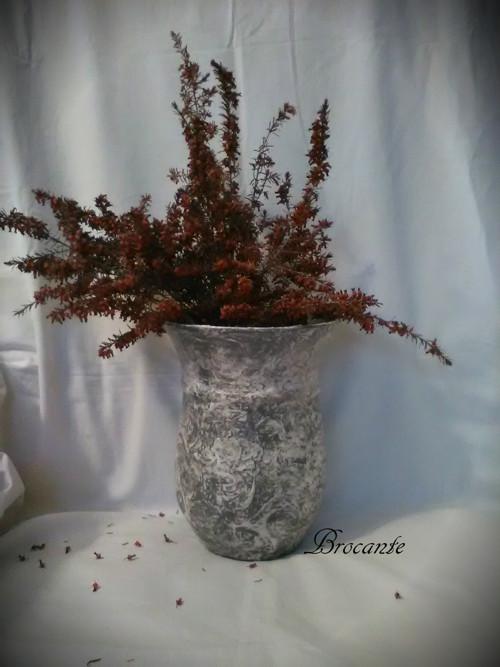 váza 4 - alá kamenina šedobílá