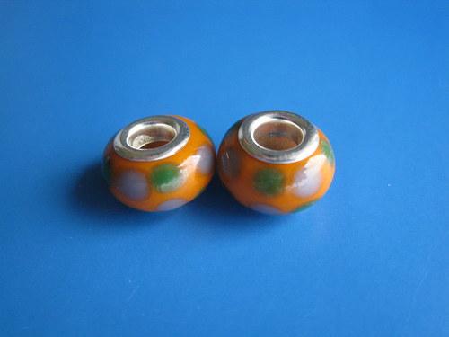 Korálky 2ks-oranž.s puntiky
