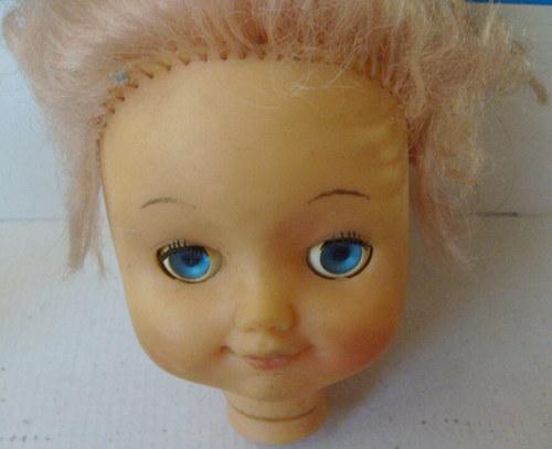 * Mrkací hlava panenky - Gumová *