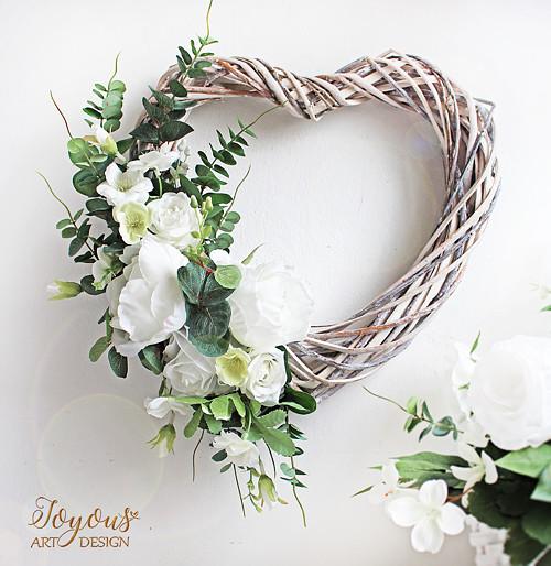 Rustikální květinové srdce
