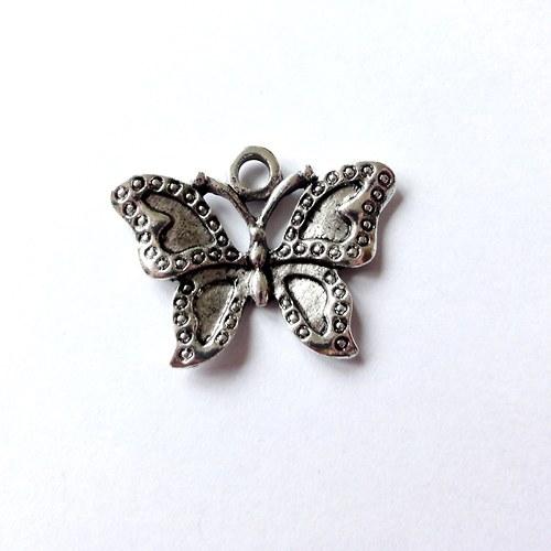 VÝPRODEJ - Motýl 23x30 mm - starostříbro