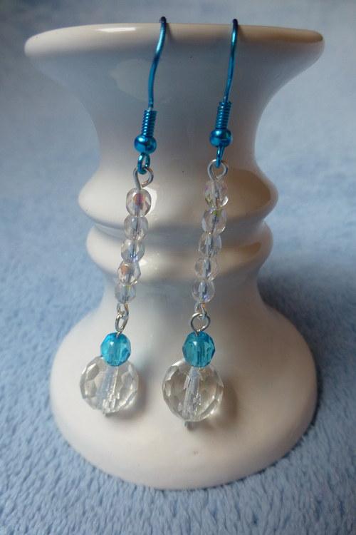 Jemně modré krystalky