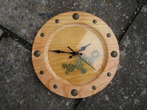 steampunkové hodiny - jasan
