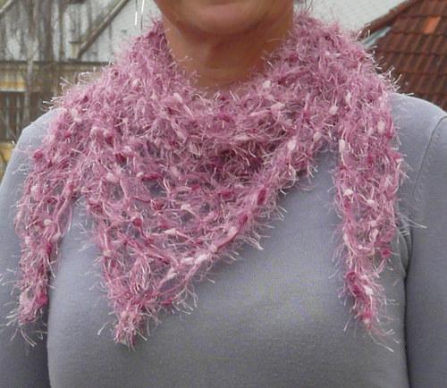 síťovaný šátek - růžový