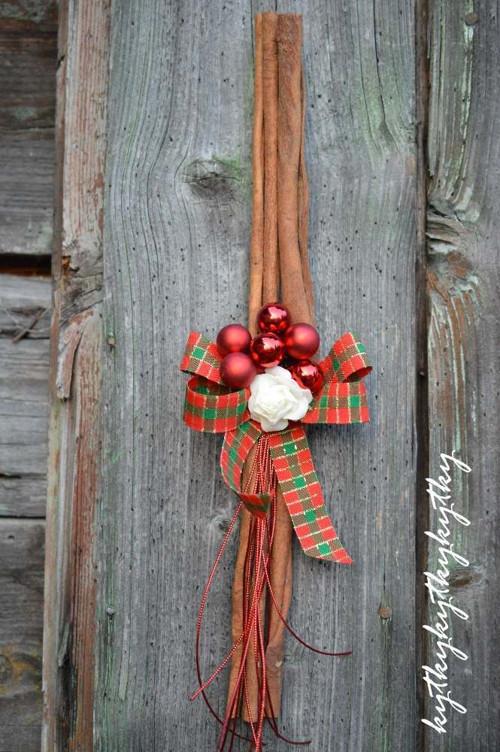 Závěsná vánoční dekorace V.