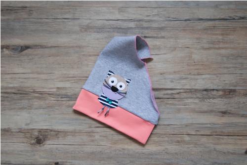 šedý šátek s lososovým lemem... kočička