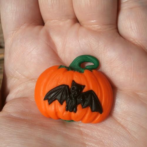 Halloweenská dýně s netopýrem - magnet