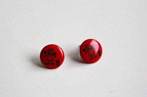 Červené knoflíkové náušnice - holky