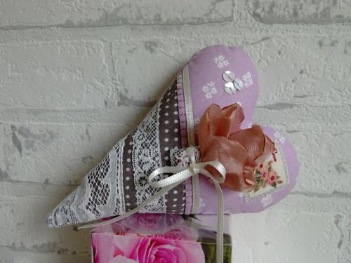Srdce z Avonlea - v lila