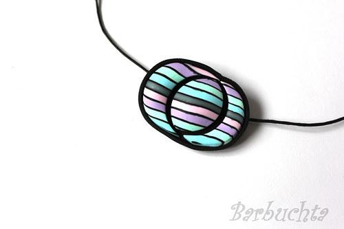 Pruhovaný náhrdelník