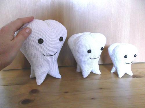 Zub velký - dekorace do zubní ordinace