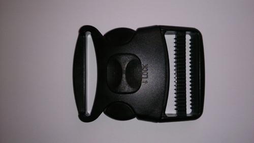 spona plastová 50 mm trojzubec s pojistkou