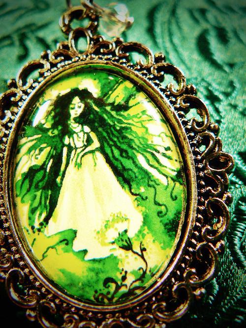 motýlí víla v zeleném