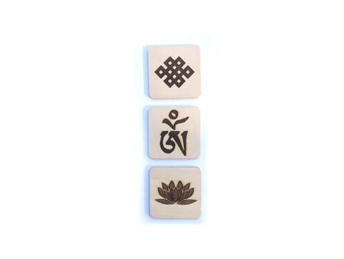 Tibetské symboly štěstí gravírované - šíře 6 cm